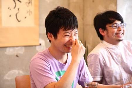 浜野謙太と星野源の2ショット画像