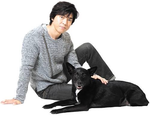 上川隆也と愛犬ノワールの画像