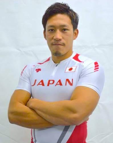 カヌーの小松正治選手の画像