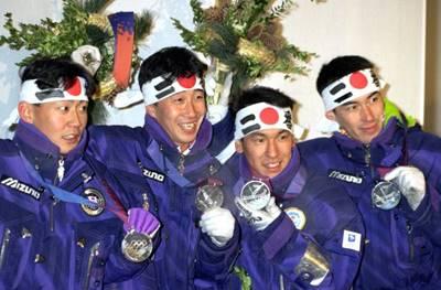 1994年のリレハンメルオリンピックに出場した時の葛西紀明(右から2番目)
