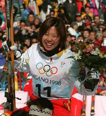 長野オリンピックで金メダルを獲得した里谷多英