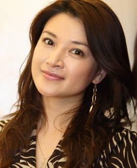 今も美人な島崎和歌子